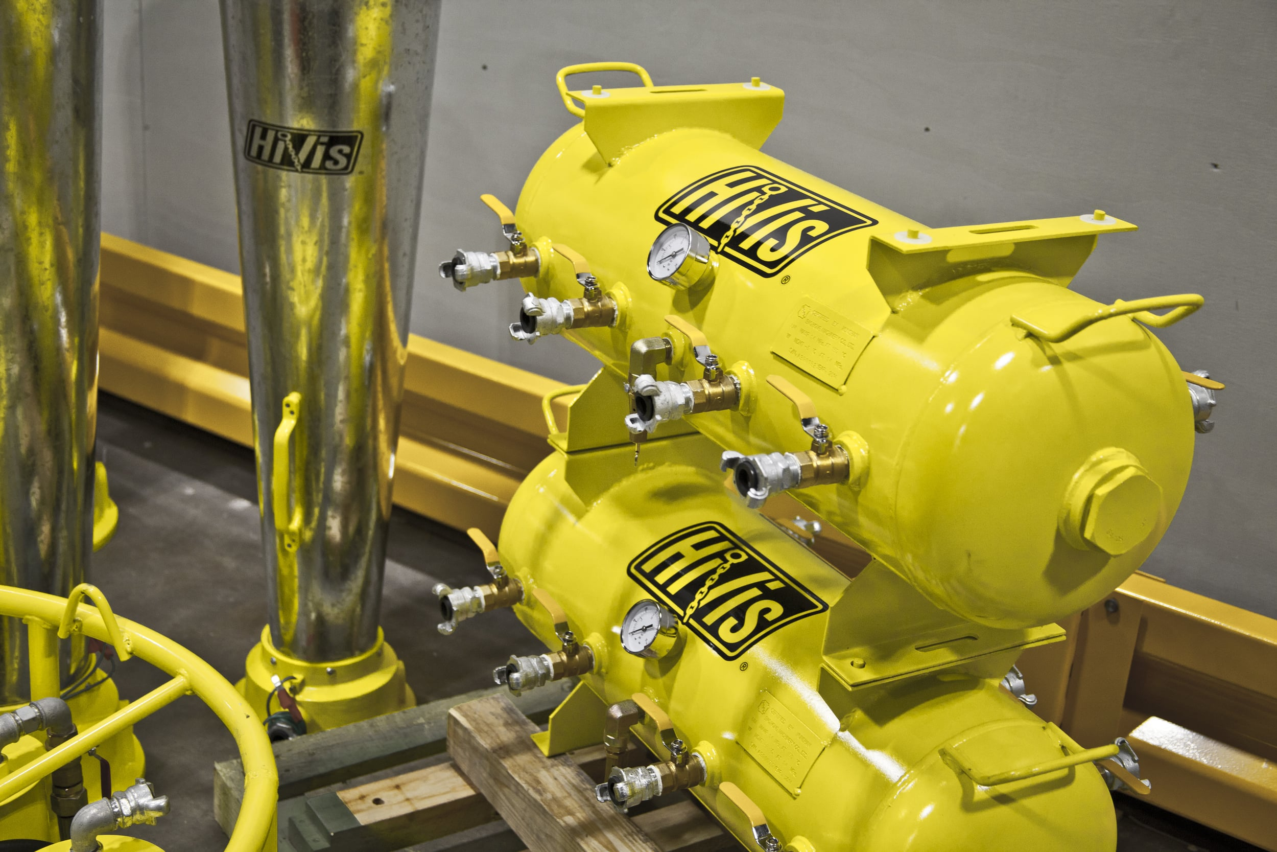 HV-15G-8P 15 Gallon 8 Port Manifold