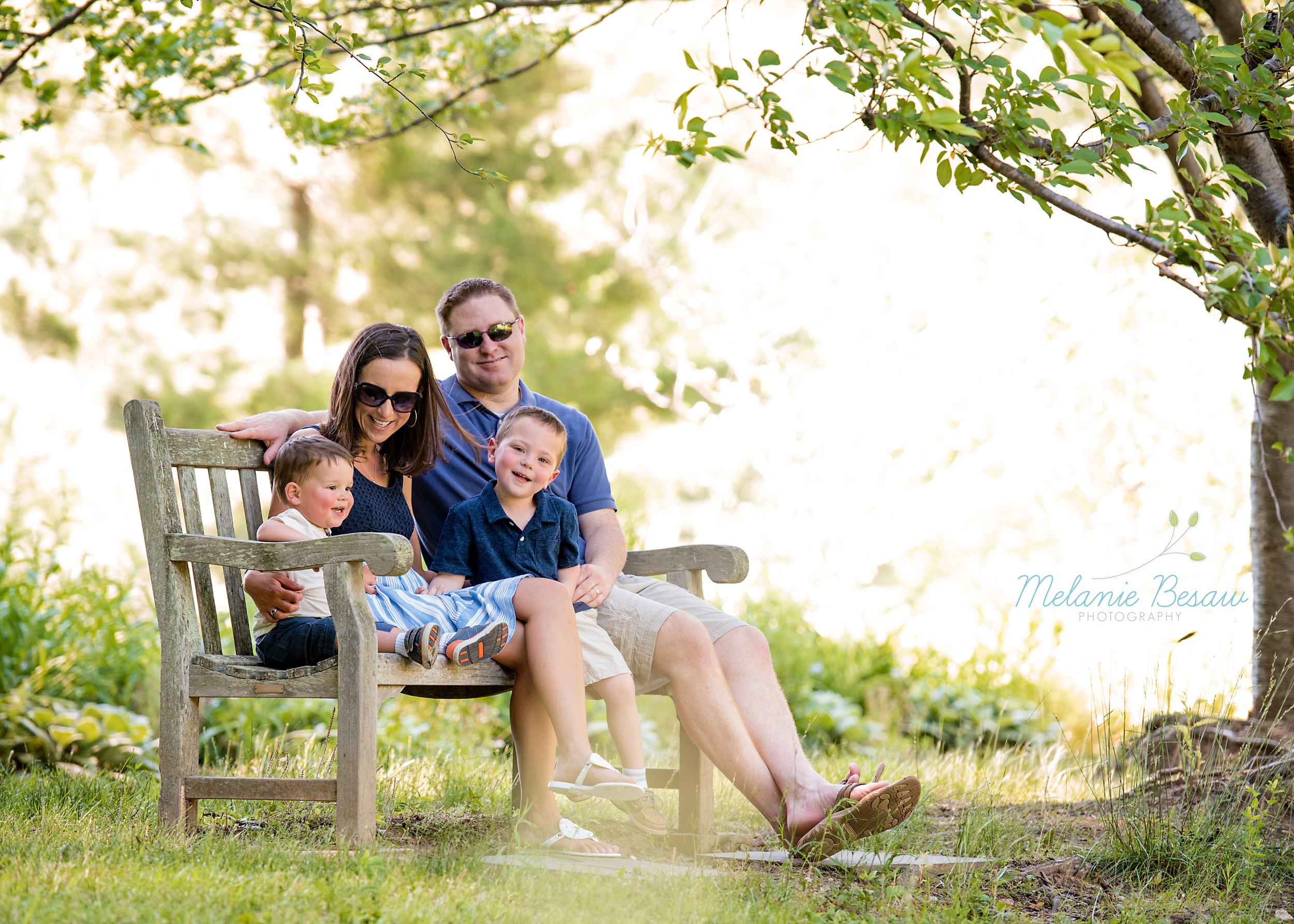 Melanie Besaw is a natural light photographer based in Northern Virginia, specializing in meaningful family, newborn, child and maternity portrait and lifestyle photography.  Serving the metro DC area, including Arlington, Alexandria, Fairfax, Prince William and Loudoun counties.