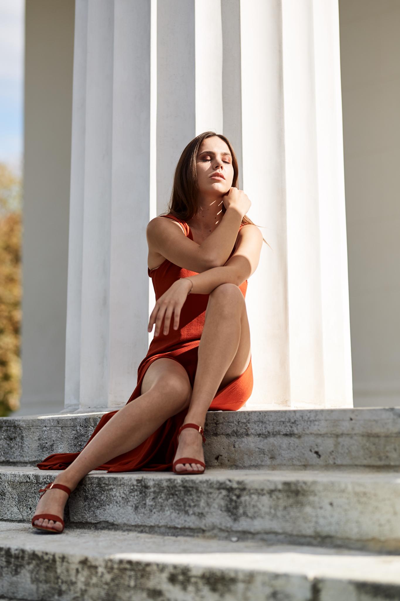 Red Dresses_06.jpg