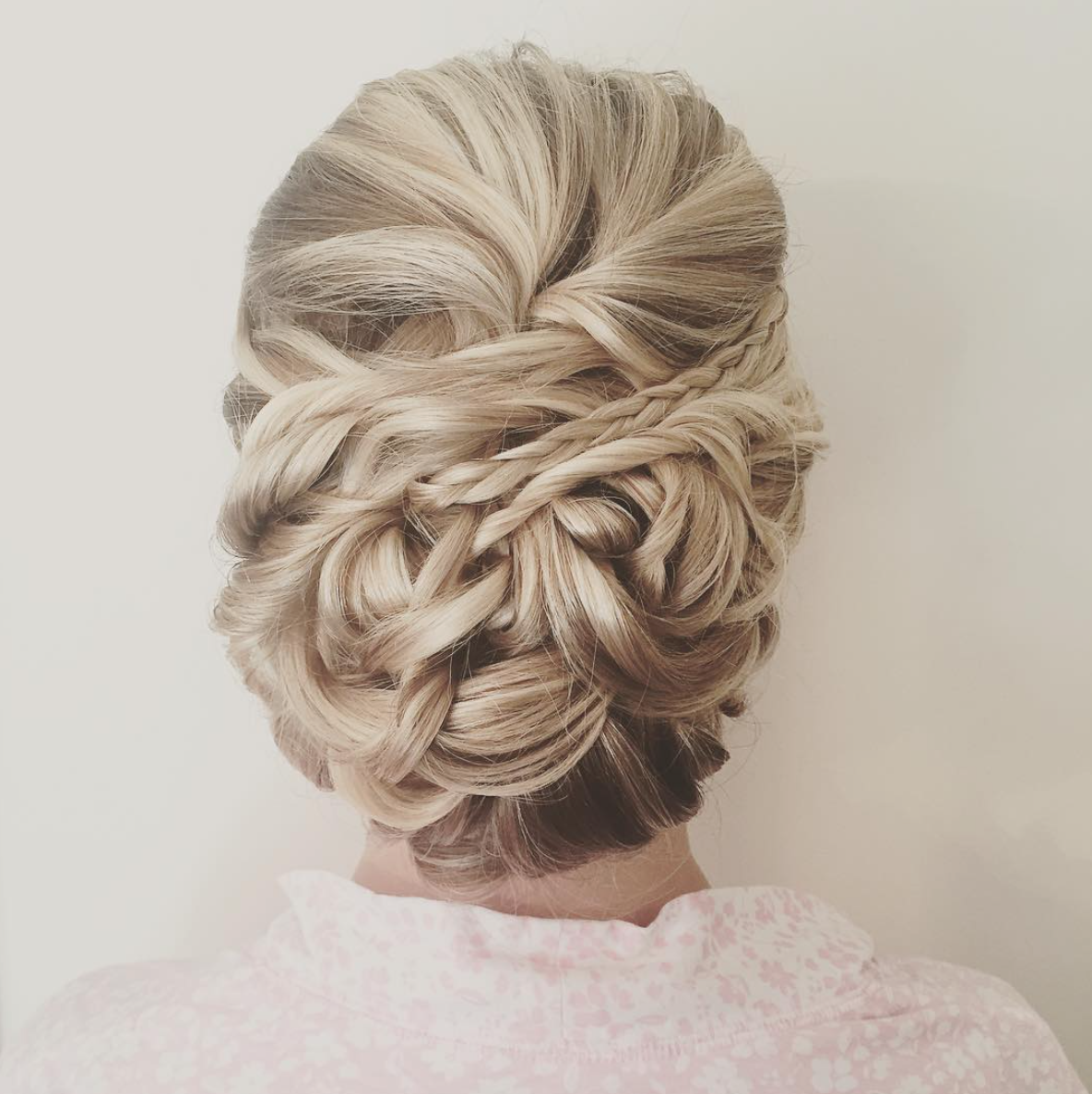 weddingupdo.png