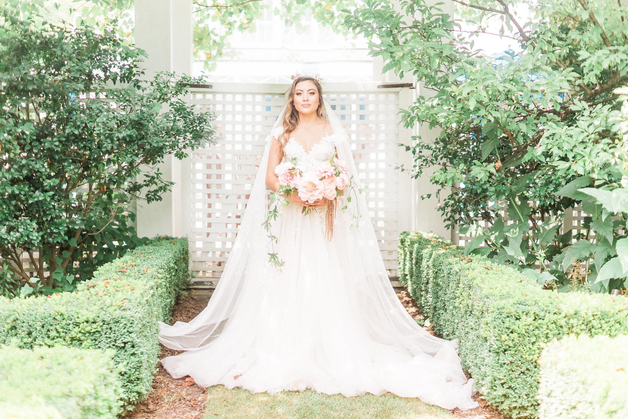 Wedding-Inn At Perry Cabin-Lovely Ave-Manda Weaver-Photo-23.jpg