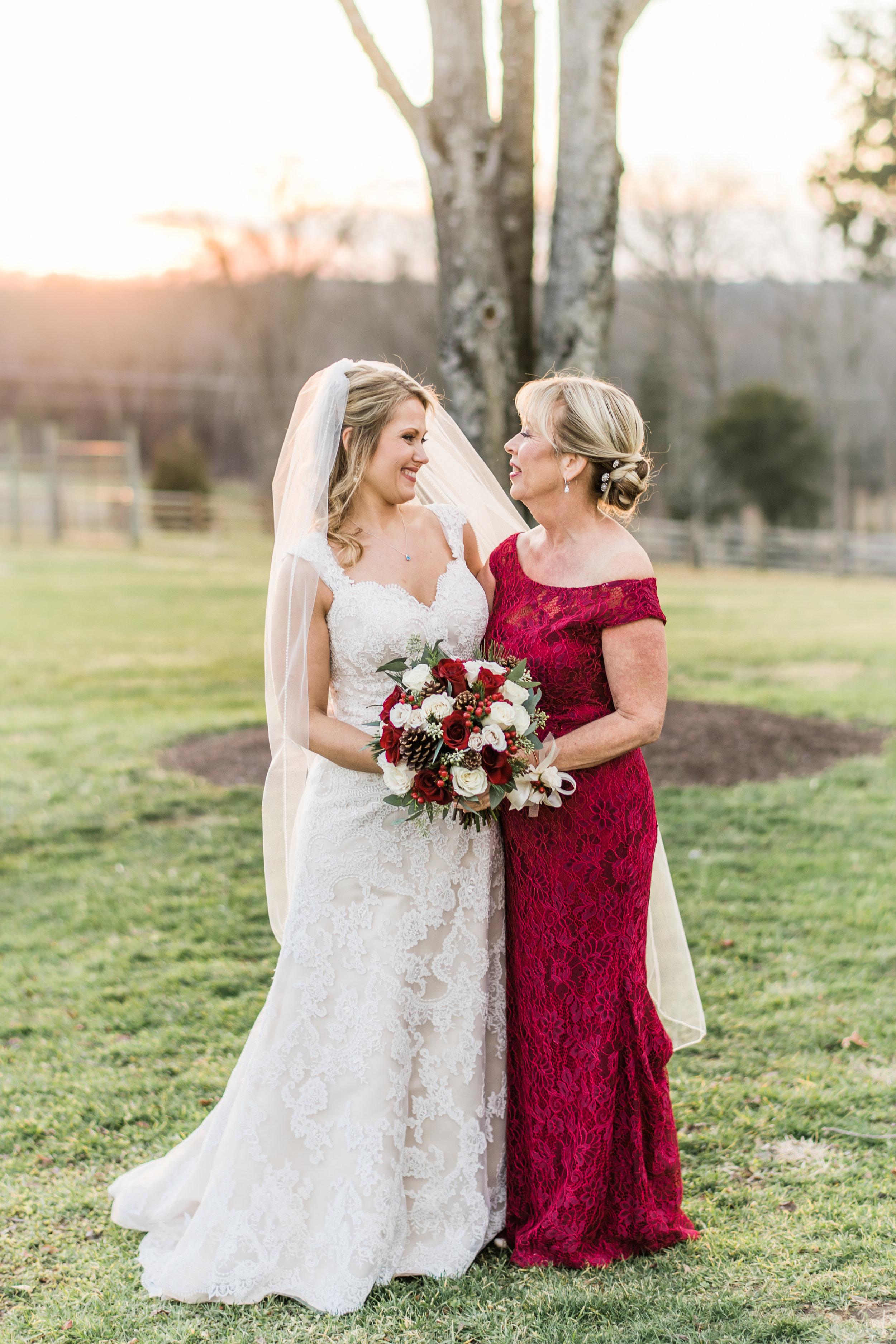 6-123018 VA Laura Ryder + Danny - Stephanie Messick Photgraphy EP-laurie-the-winery-at-bull-run-virginia-wedding-photographer-1.jpg