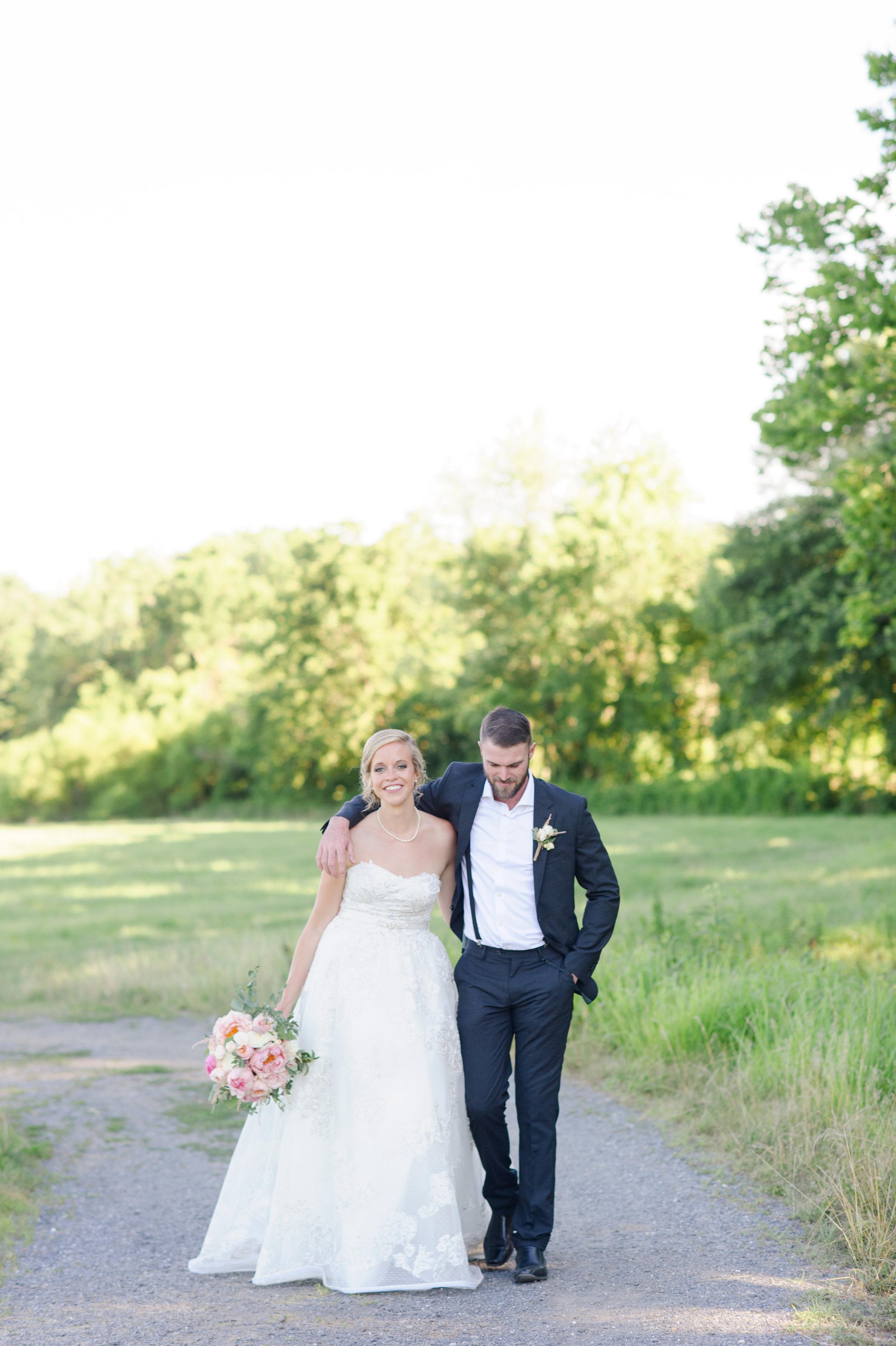 Shane Kelly Married-Bride Groom Portraits-0081.jpg