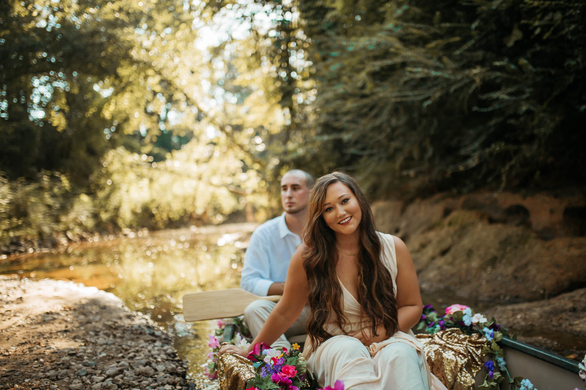 The Hatches | Memphis Tennessee Wedding Photographer | A Rustic Canoe Engagement | memphis-tennessee-wedding-photographer-rustic-canoe-floral-engagement-session-romantic-unique-creek