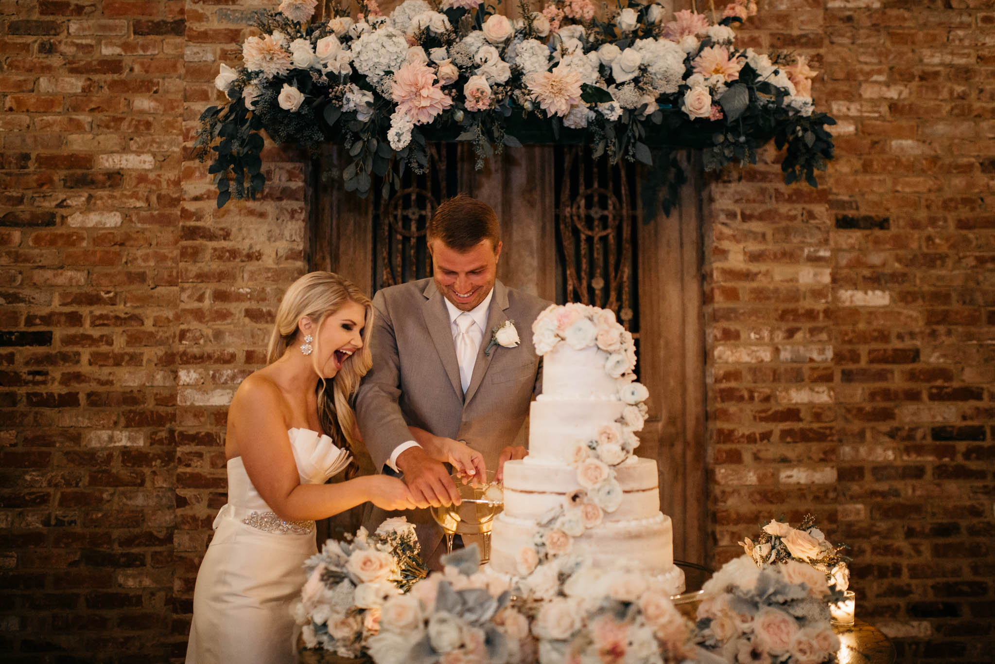 The Hatches   An Elegant Garden Wedding   Cedar Hall   Memphis Tennessee Wedding and Elopement Photographers   memphis-tennessee-utah-colorado-arizona-washington-wedding-elopement-photographer-garden-elegant-warm-summer-classic-romantic-floral-vintage-cake-table