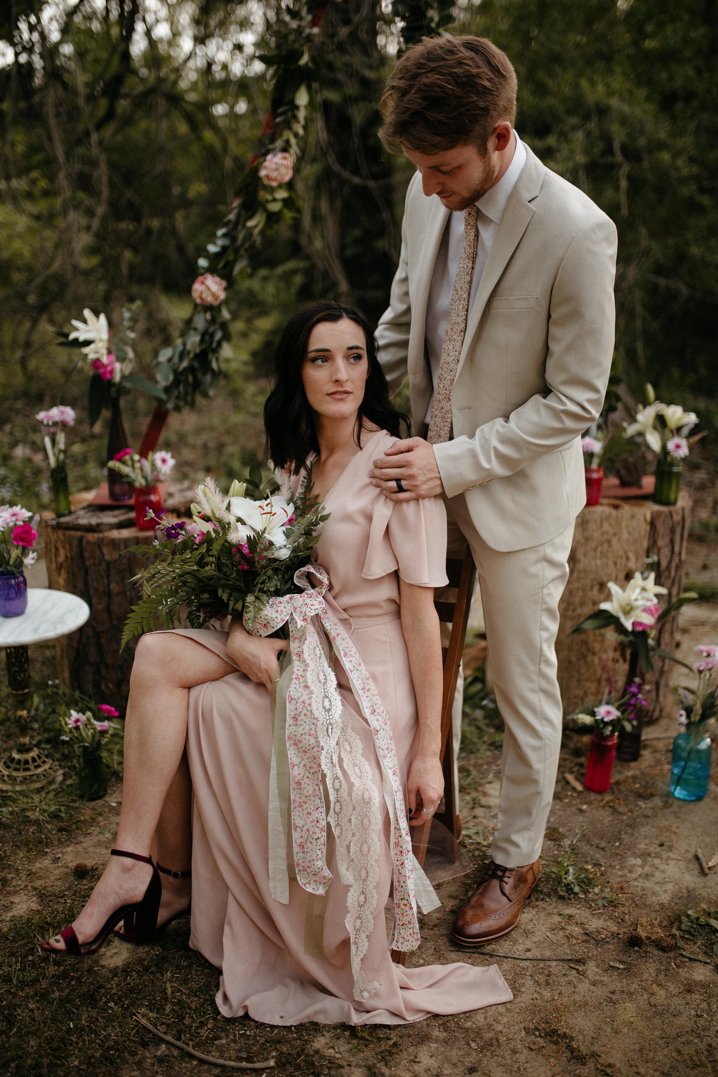 memphis-tennessee-wedding-photographer-the-hatches-utah-colorado-washington-arizona-oregon-yosemite-national-park-elopement-adventure-emotional-journalistic-spring-florals-colorful