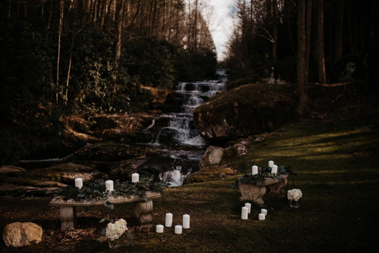 memphis-tennessee-wedding-photographer-the-hatches-utah-colorado-washington-arizona-oregon-yosemite-national-park-elopement-adventure-emotional-journalistic-bohemian-florals-minimalistic-woodland