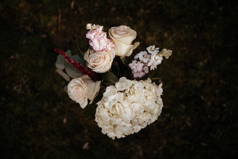 memphis-gatlinburg-tennessee-wedding-photographer-the-hatches-utah-colorado-washington-arizona-oregon-yosemite-national-park-elopement-adventure-emotional-journalistic-bohemian-florals-minimalistic-woodland