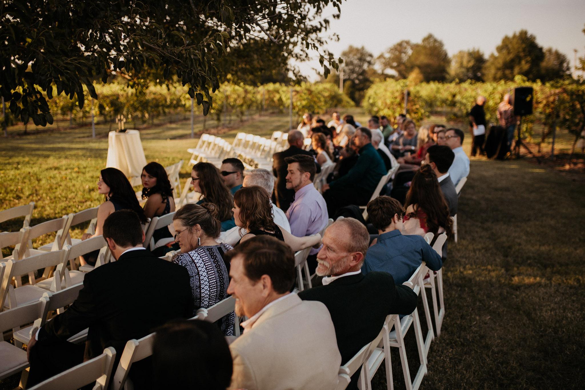 memphis-gatlinburg-nashville-tennessee-wedding-photographer-the-hatches-utah-colorado-washington-arizona-oregon-yosemite-national-park-elopement-adventure-emotional-journalistic-bohemian-florals-minimalistic-winery-elegant