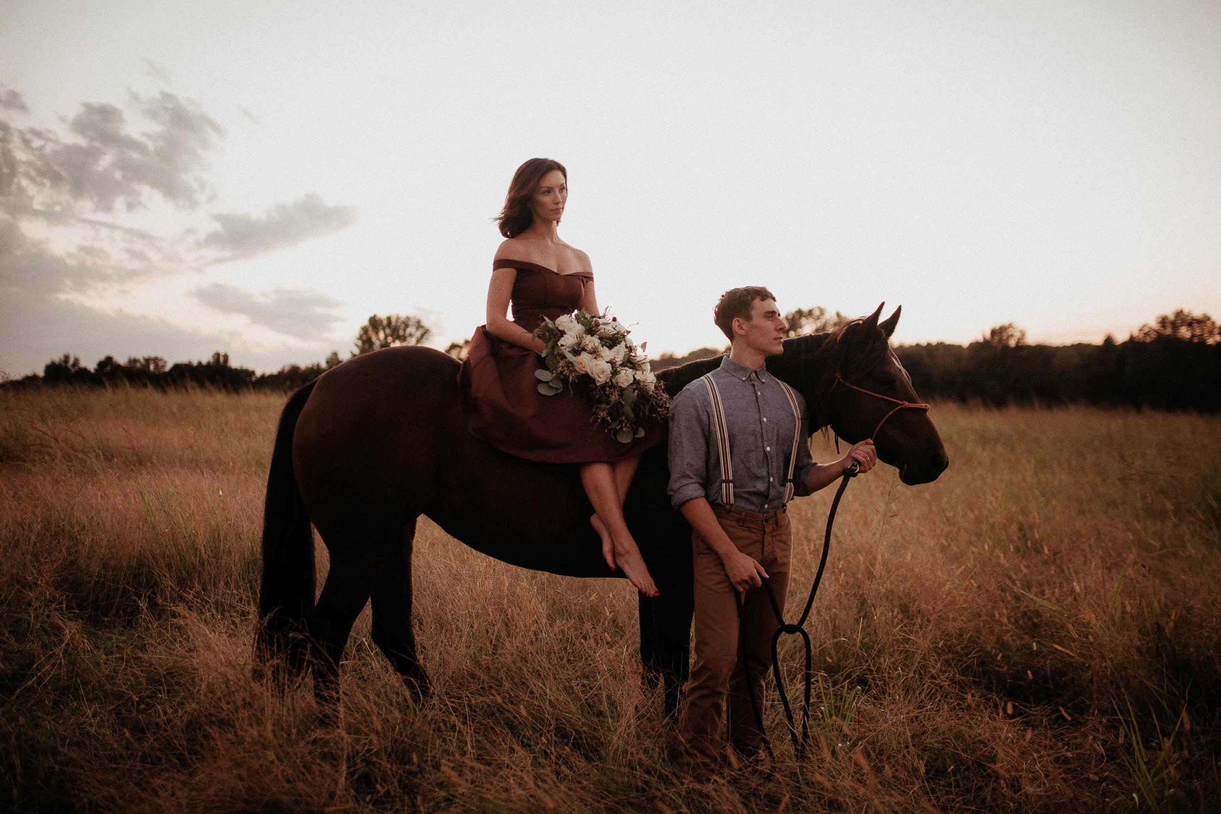 memphis-gatlinburg-nashville-tennessee-wedding-photographer-the-hatches-utah-colorado-washington-arizona-oregon-yosemite-national-park-elopement-adventure-emotional-journalistic-bohemian-florals-minimalistic-winery-elegant-timeless-engagement