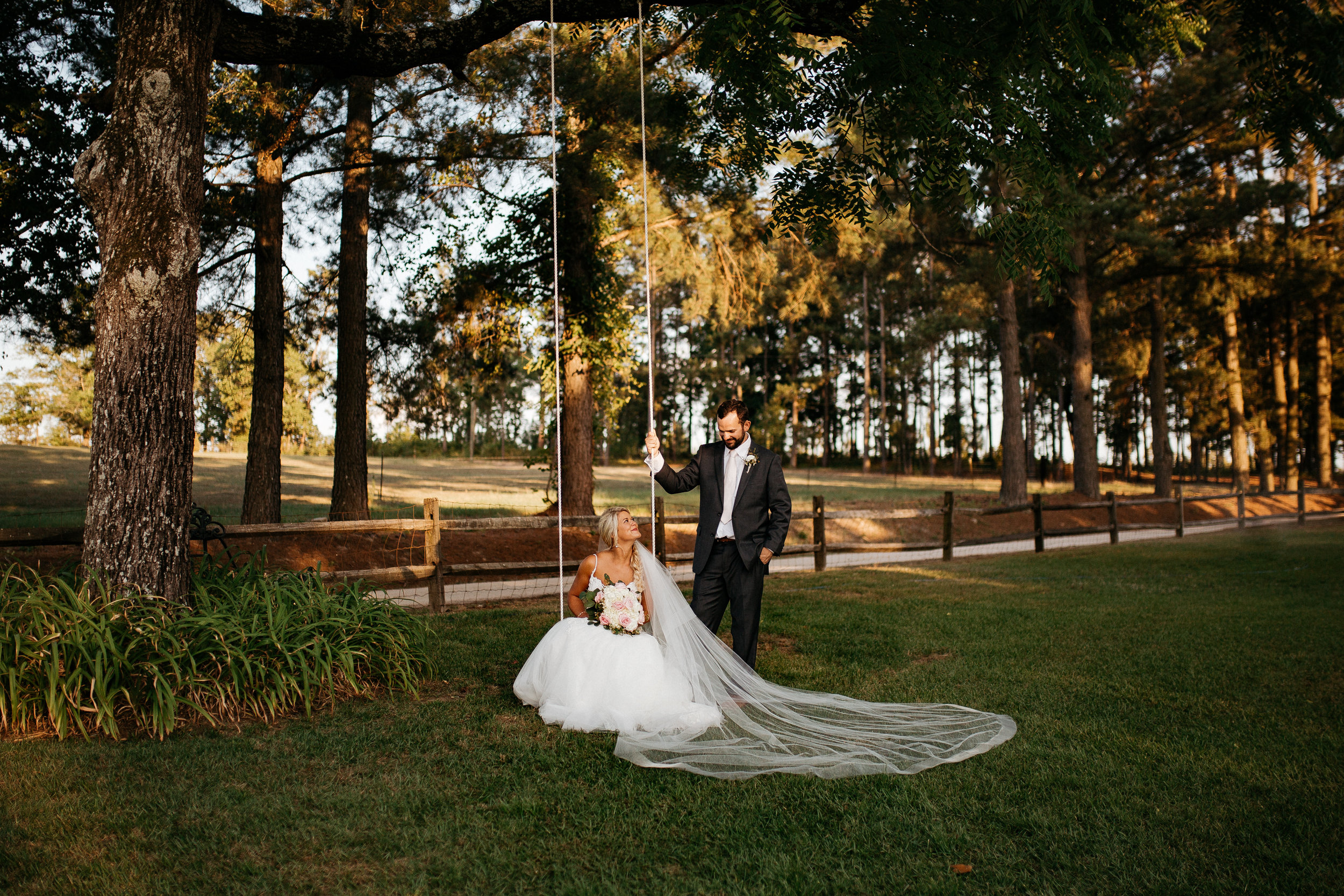 best-south-carolina-wedding-photographers-romantic-laughter-natural-creative