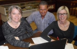 2016 Chairs, Staci Schnittjer and Sherri O'Brien, get advice from 2015 Chair Larry Guth
