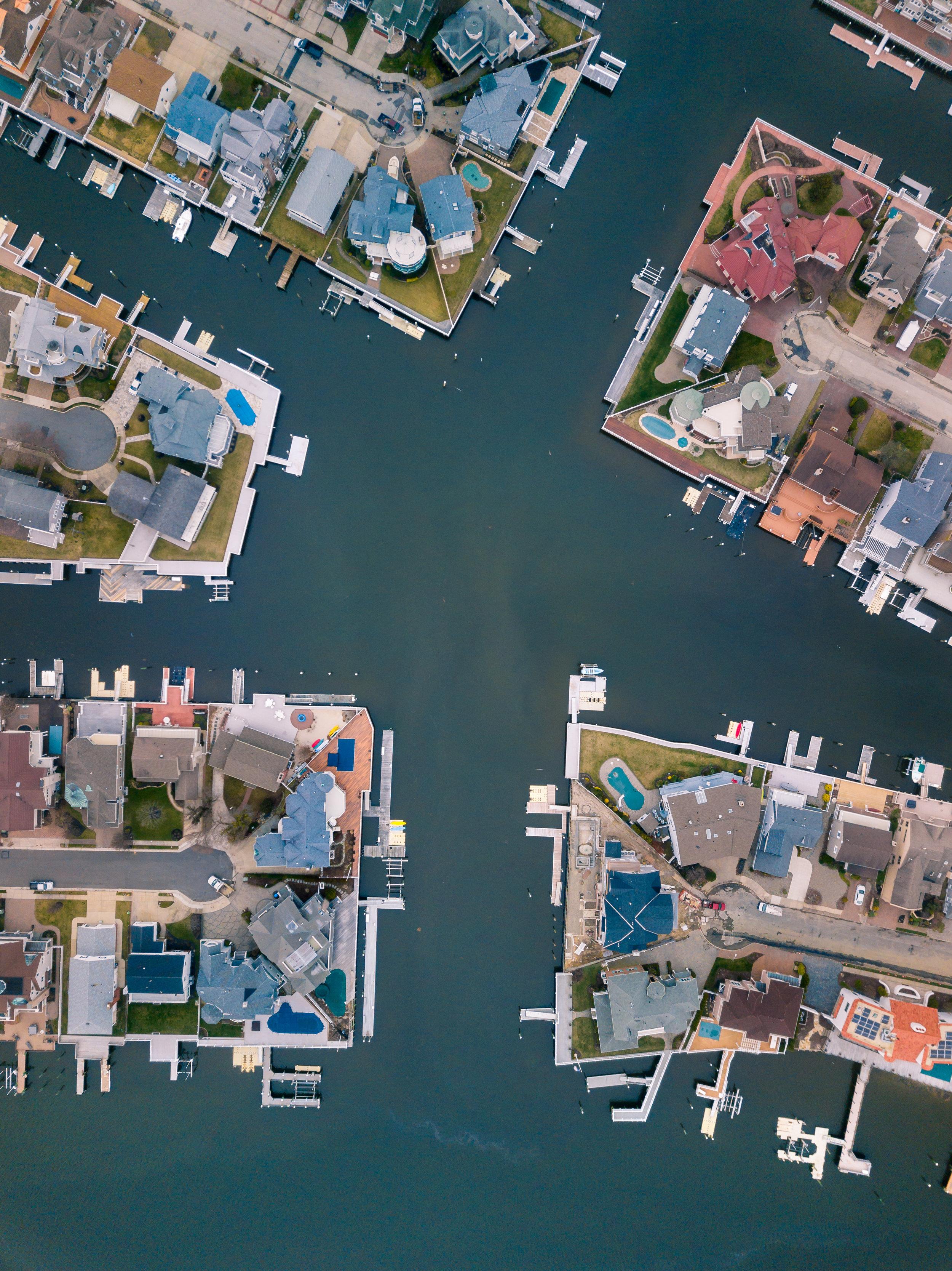 summerhomemaze_typoland_aerial.jpg