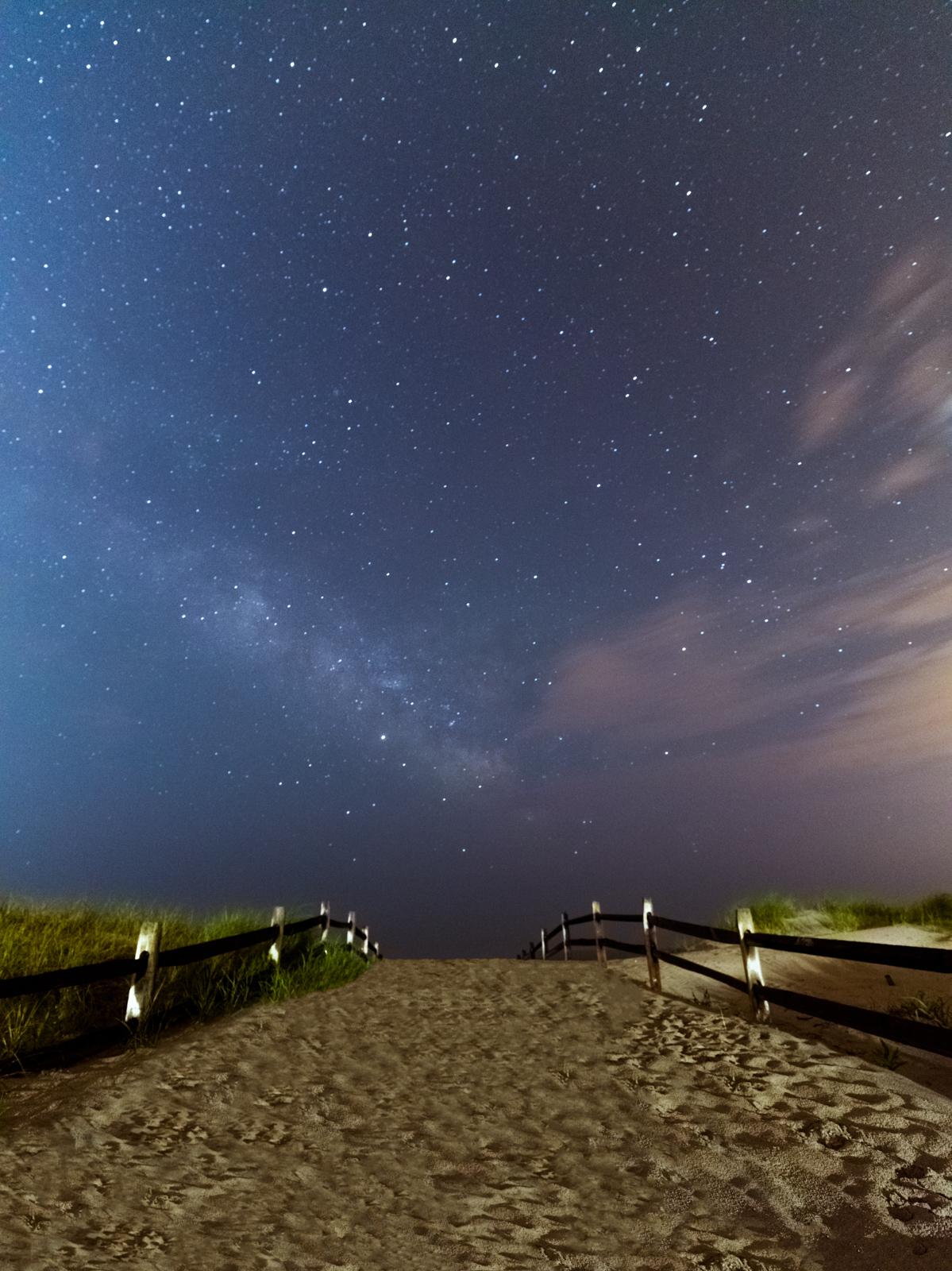 hassleblad_night_typoland_landscape.jpg
