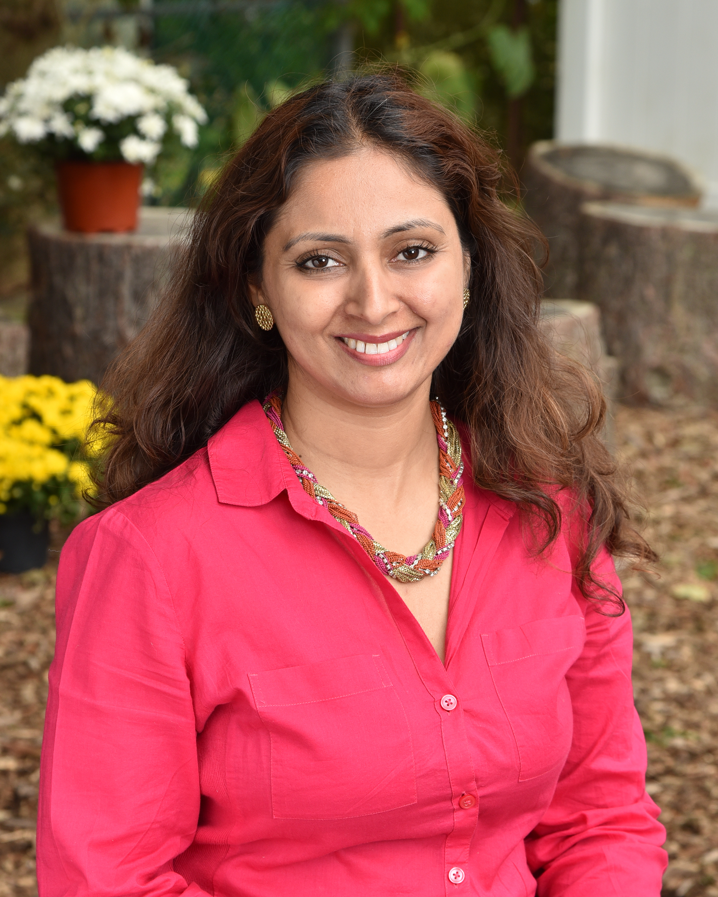 "Saloni Mathur   Mrs. Mathur received her Bachelor of Science degree from Delhi University, India. She completed Early Childhood, Montessori training from the Princeton Center for Teacher Education and was certified by the American Montessori Society. She is a mother of two young ""Montessorians."""