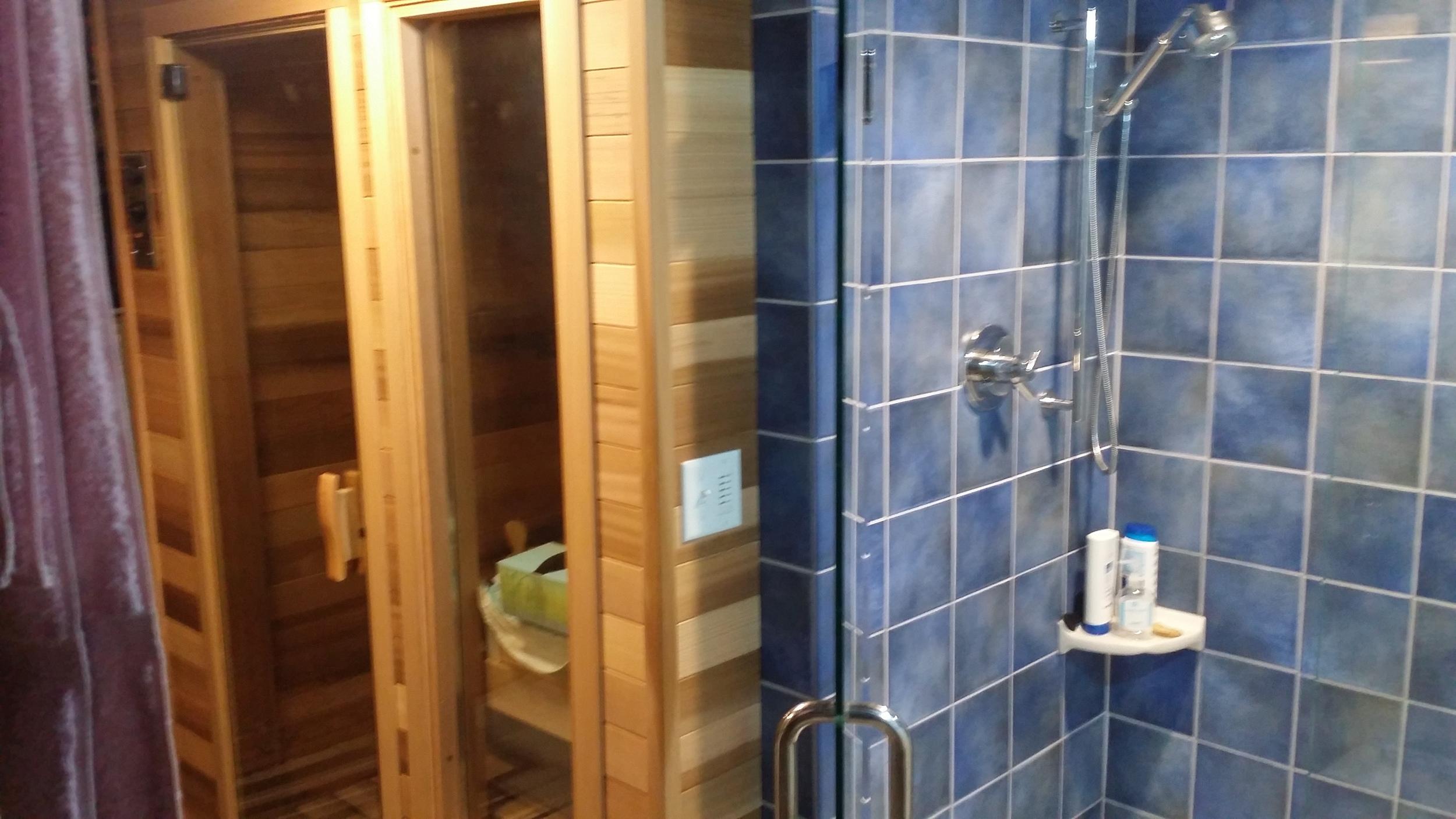 Sauna and Shower (4).jpg