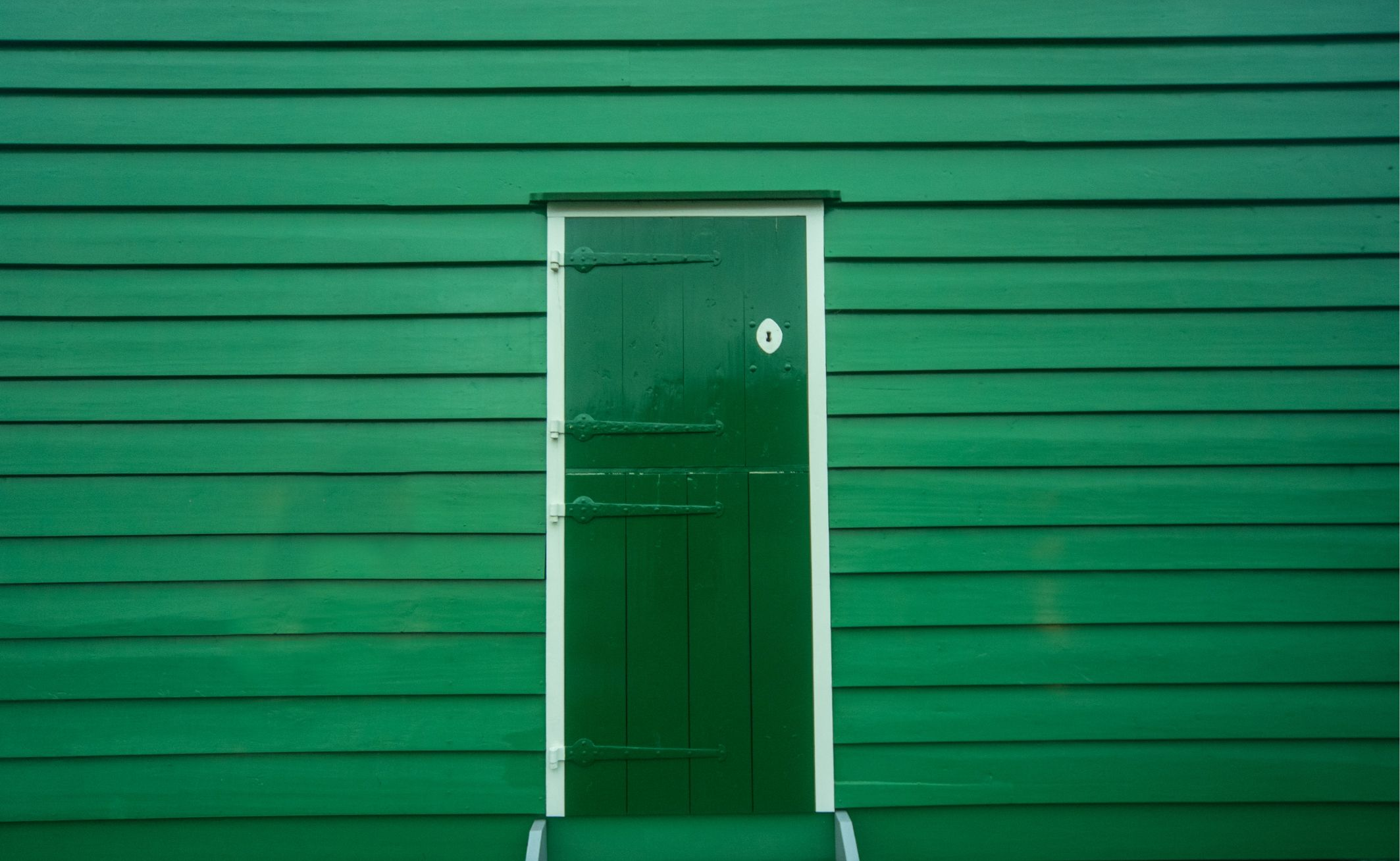 How does a green door make you feel?
