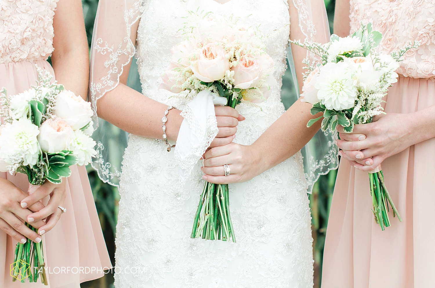 midwest_wedding_photography_taylor_ford_0500.jpg