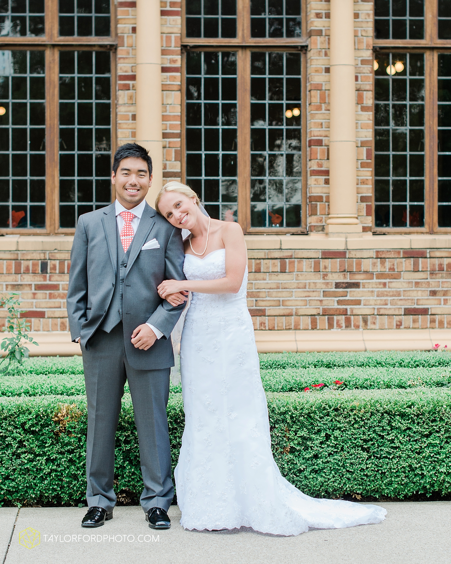 midwest_wedding_photography_taylor_ford_0506.jpg