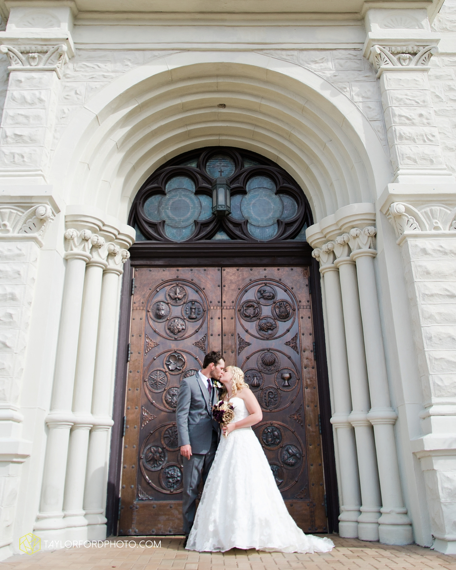 midwest_wedding_photography_taylor_ford_0508.jpg