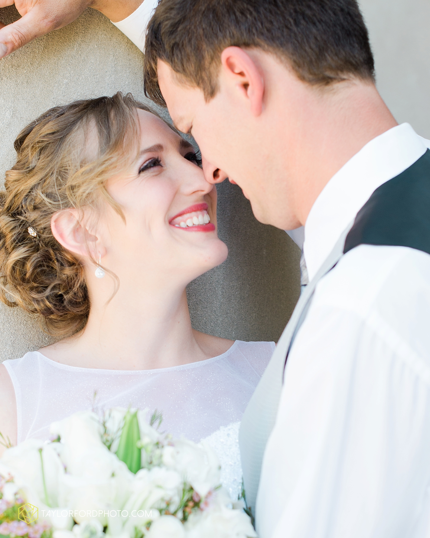 midwest_wedding_photography_taylor_ford_0511.jpg