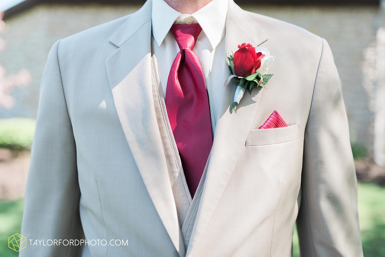 carmel_indiana_wedding_photography_taylor_ford_0703.jpg