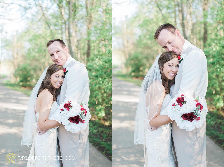 carmel_indiana_wedding_photography_taylor_ford_0721.jpg
