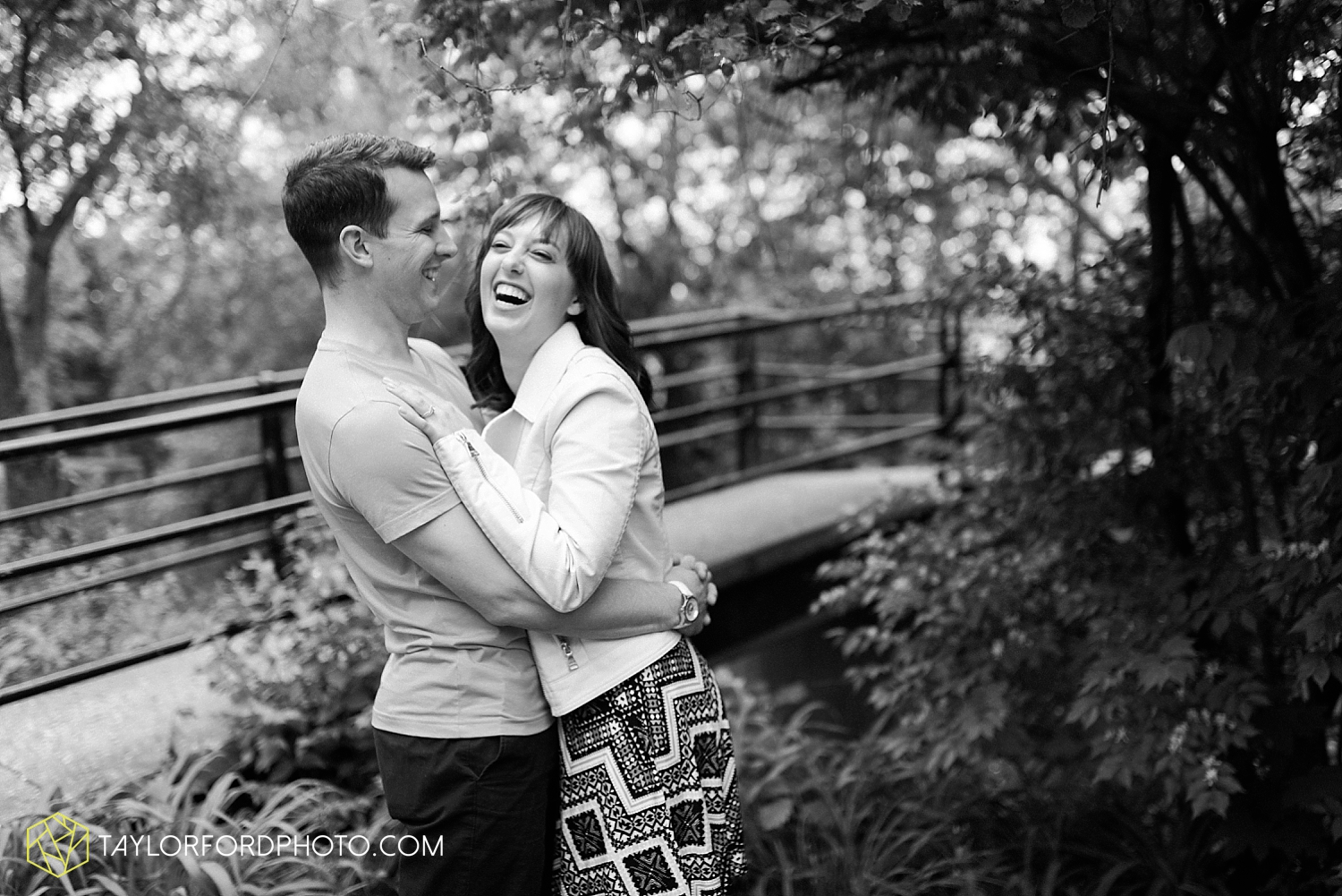 fort_wayne_indiana_engagement_photography_taylor_ford_1116.jpg