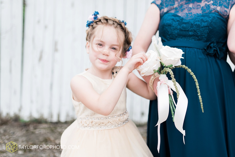 van_wert_ohio_wedding_photographer_taylor_ford_1221.jpg