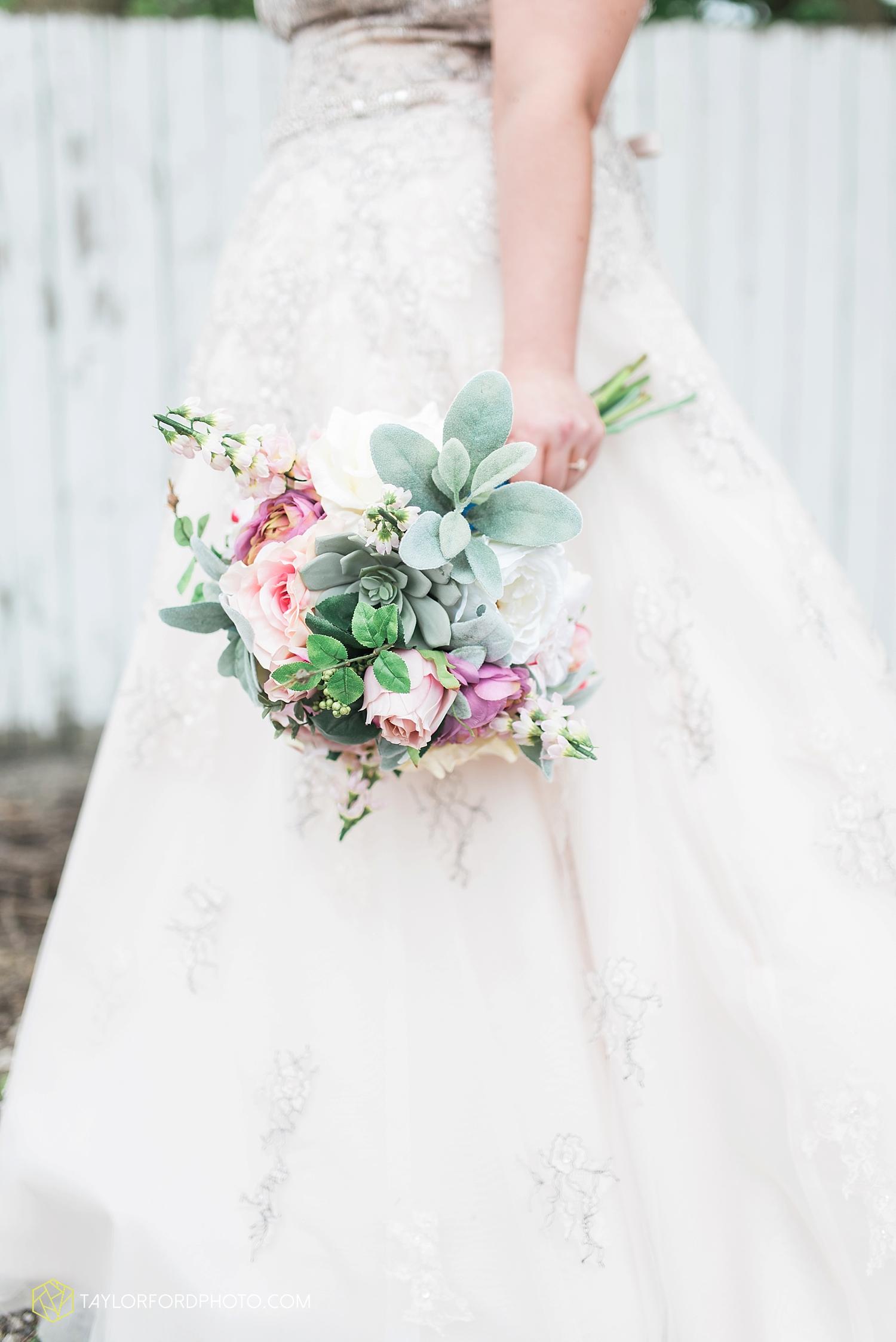 van_wert_ohio_wedding_photographer_taylor_ford_1226.jpg