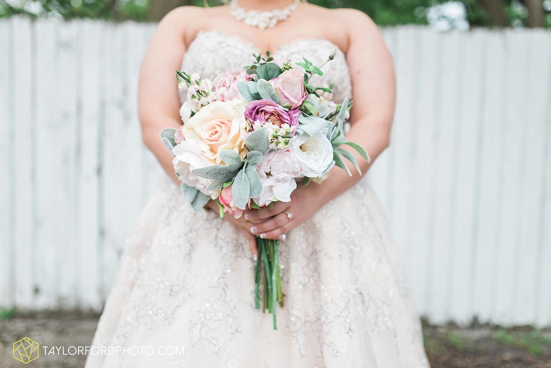 van_wert_ohio_wedding_photographer_taylor_ford_1228.jpg