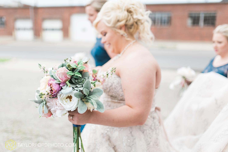 van_wert_ohio_wedding_photographer_taylor_ford_1229.jpg