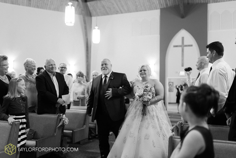 van_wert_ohio_wedding_photographer_taylor_ford_1242.jpg