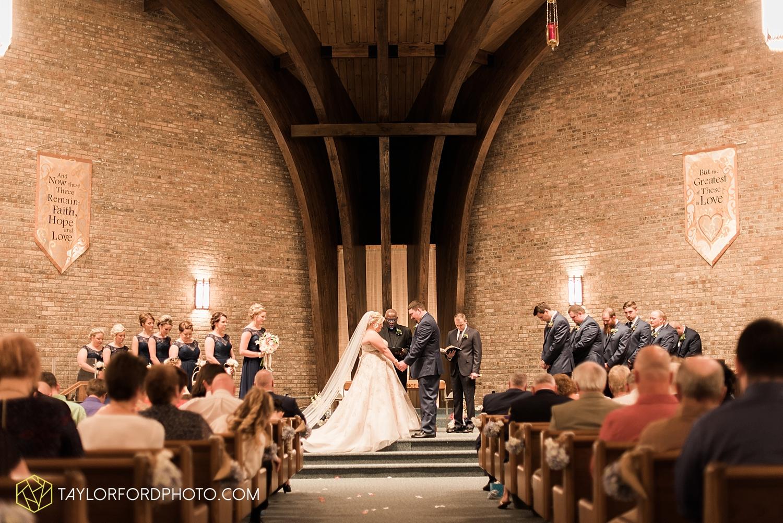 van_wert_ohio_wedding_photographer_taylor_ford_1243.jpg