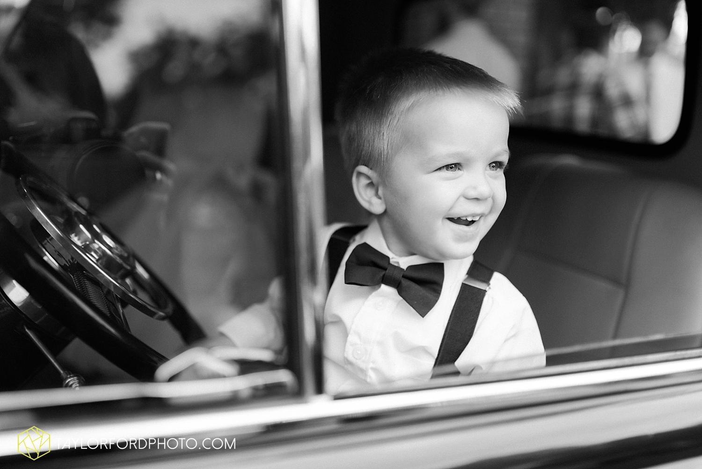 van_wert_ohio_wedding_photographer_taylor_ford_1286.jpg