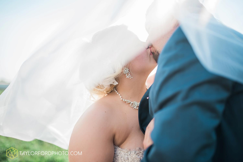 van_wert_ohio_wedding_photographer_taylor_ford_1294.jpg
