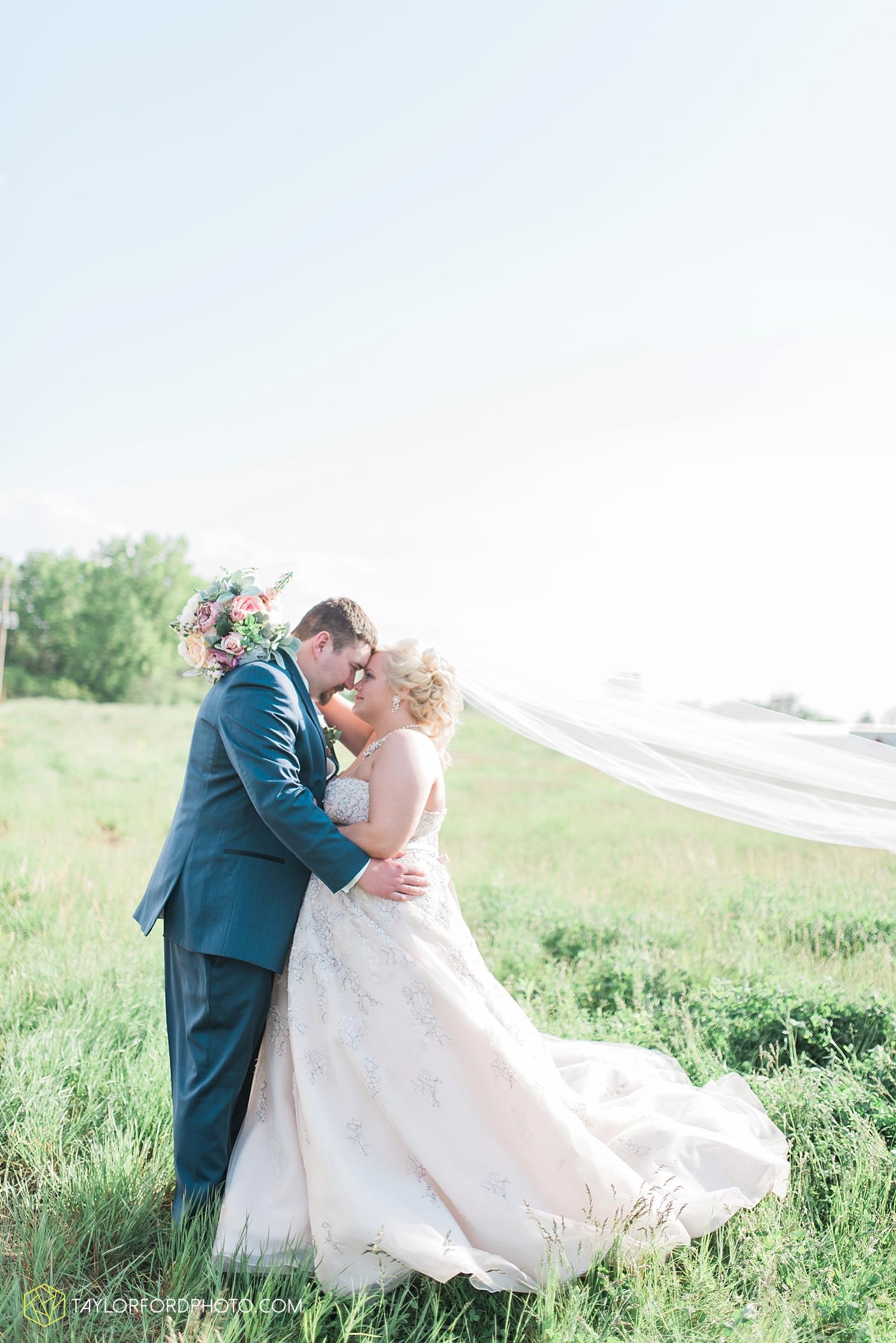 van_wert_ohio_wedding_photographer_taylor_ford_1295.jpg