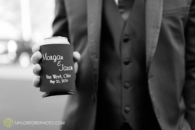 van_wert_ohio_wedding_photographer_taylor_ford_1304.jpg