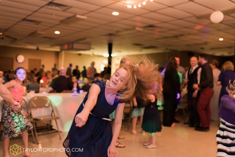 van_wert_ohio_wedding_photographer_taylor_ford_1311.jpg