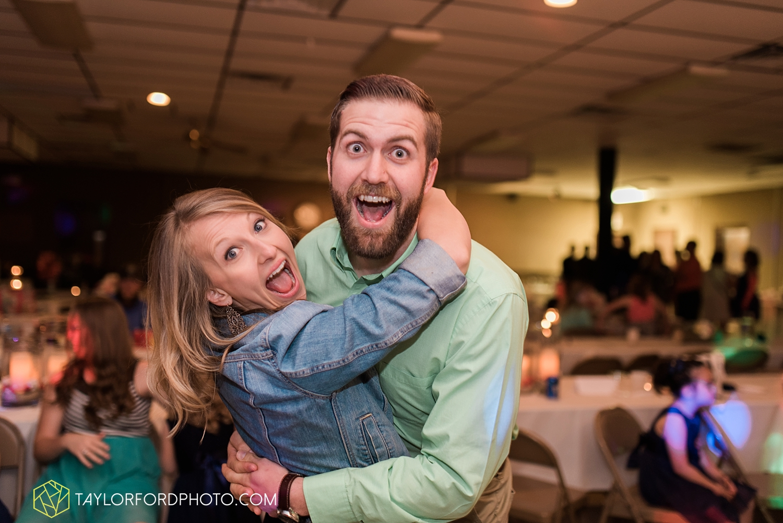 van_wert_ohio_wedding_photographer_taylor_ford_1313.jpg