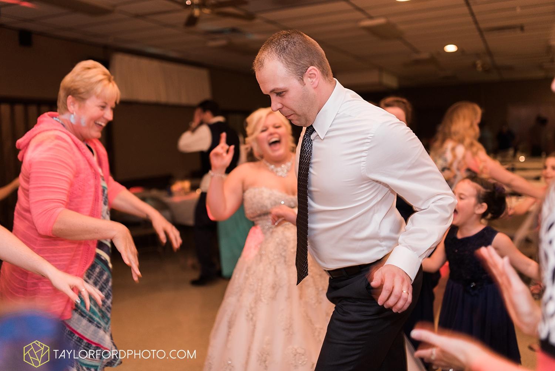 van_wert_ohio_wedding_photographer_taylor_ford_1314.jpg
