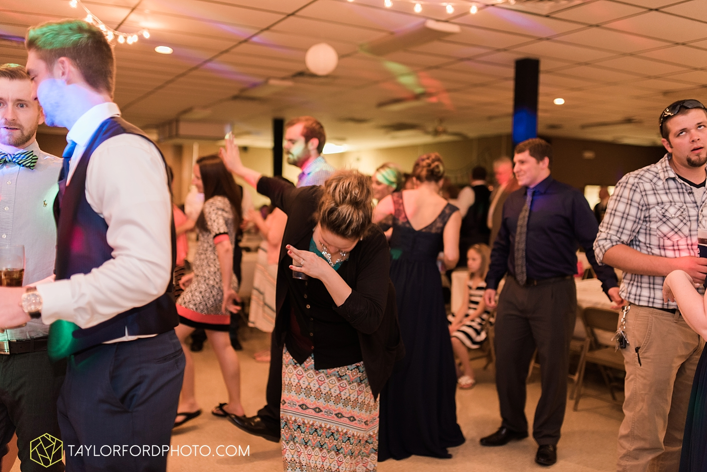 van_wert_ohio_wedding_photographer_taylor_ford_1316.jpg