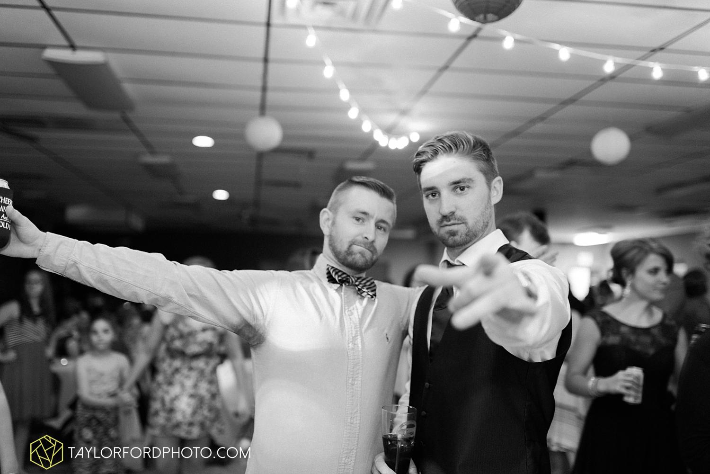van_wert_ohio_wedding_photographer_taylor_ford_1317.jpg