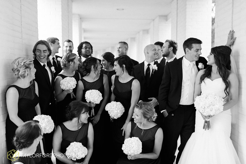fort_wayne_indiana_wedding_photographer_taylor_ford_ipfw_ballroom_1605.jpg