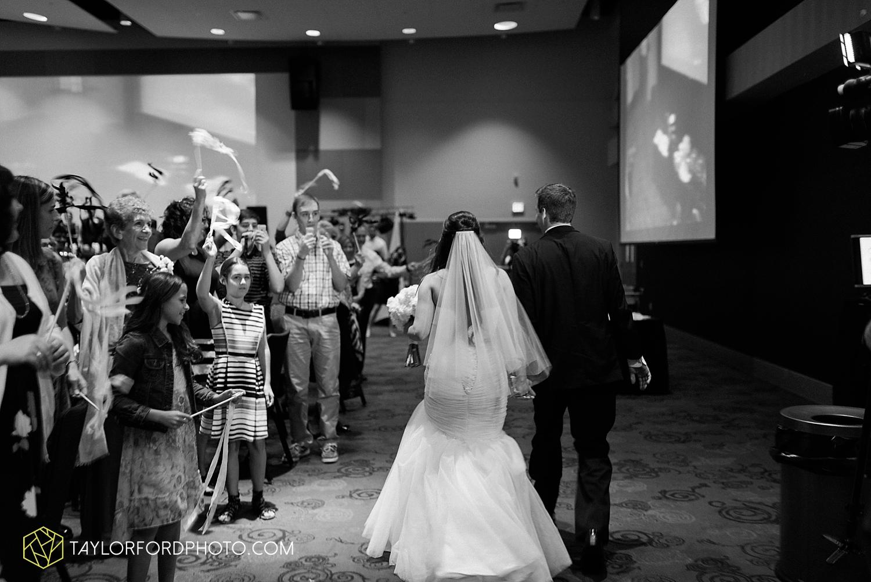 fort_wayne_indiana_wedding_photographer_taylor_ford_ipfw_ballroom_1644.jpg