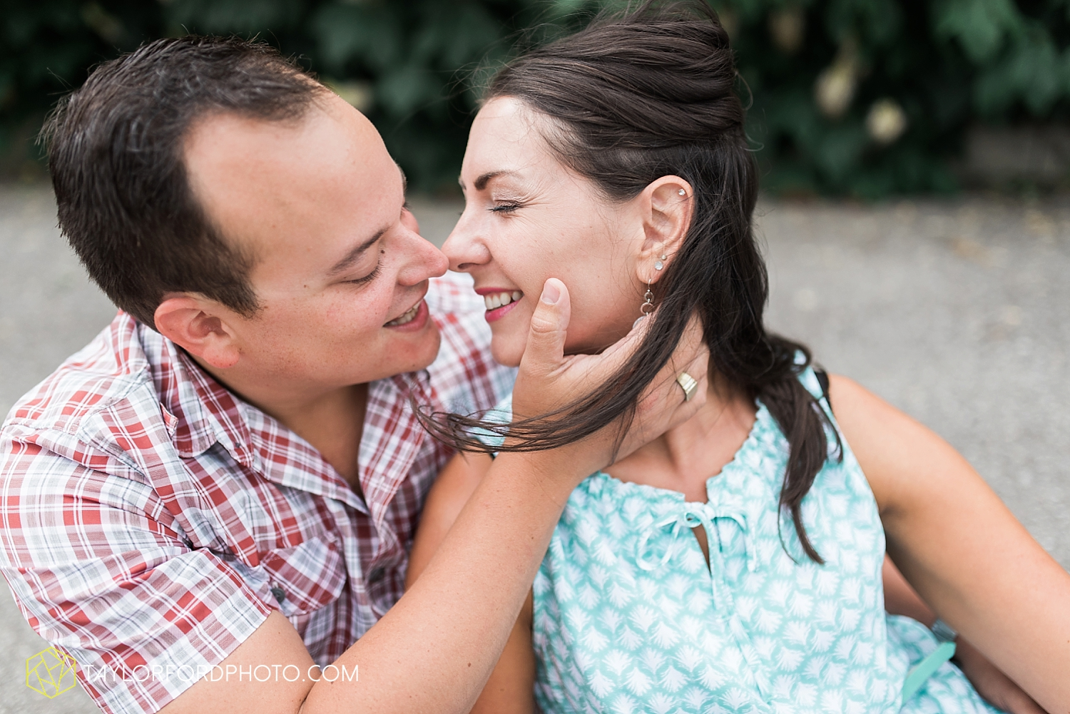 new_haven_indiana_engagement_photographer_taylor_ford_ipfw_ballroom_1689.jpg