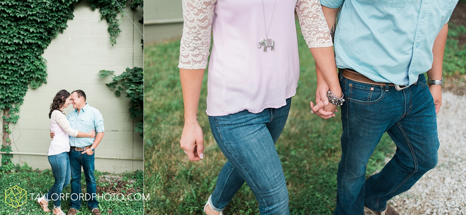 new_haven_indiana_engagement_photographer_taylor_ford_ipfw_ballroom_1698.jpg