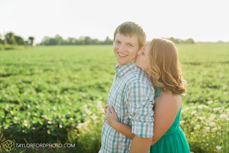 van_wert_ohio_engagement_photographer_taylor_ford_wedding_1797.jpg