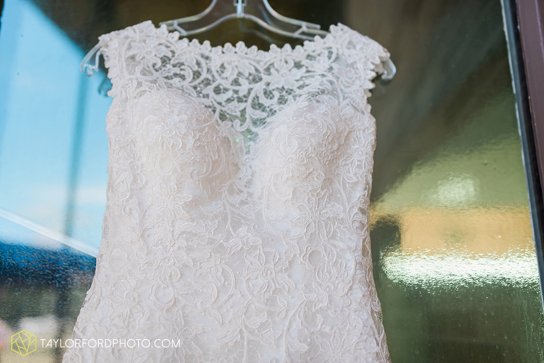 van_wert_wedding_photographer_taylor_ford_ohio_indiana_fort_wayne_2078.jpg