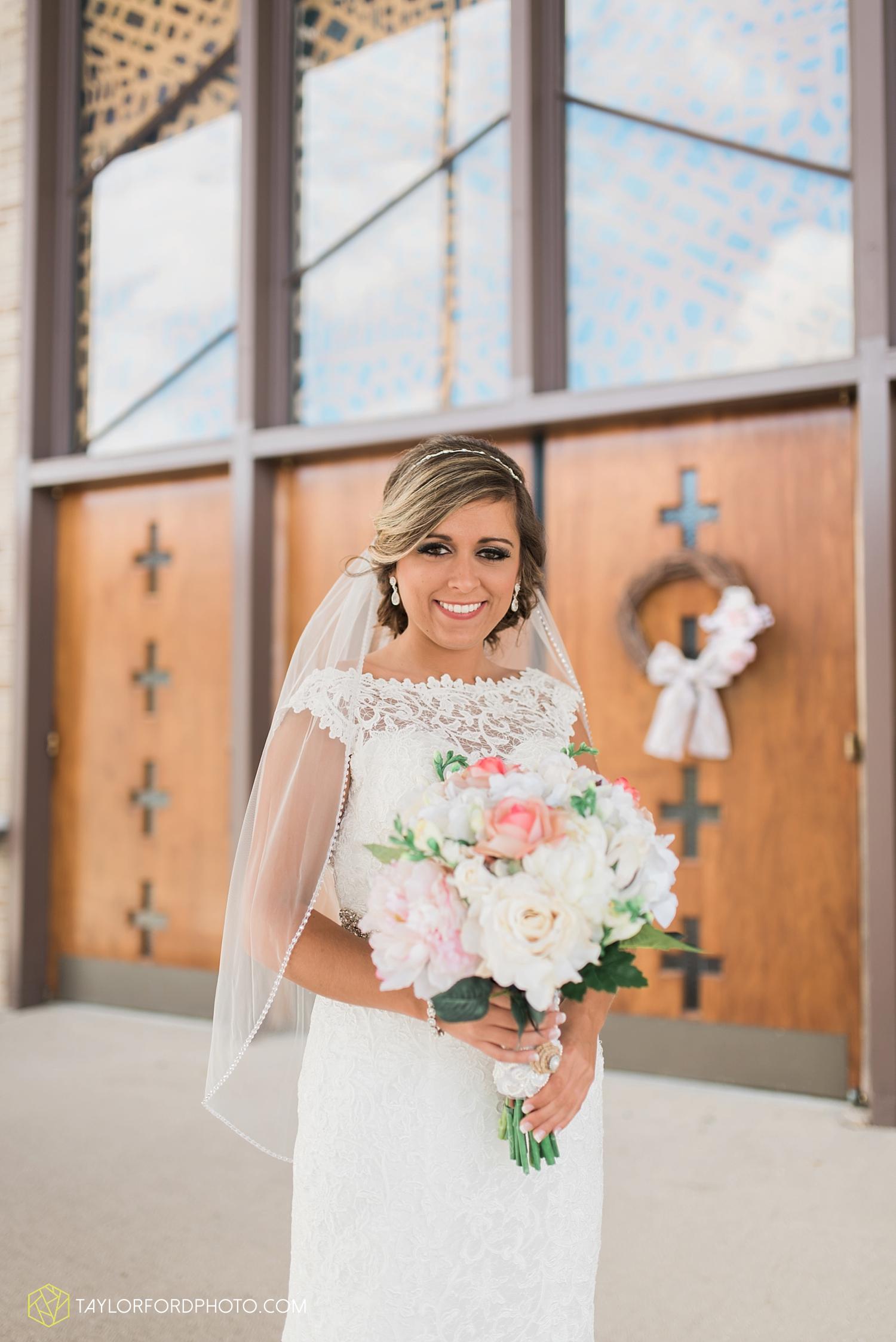 van_wert_wedding_photographer_taylor_ford_ohio_indiana_fort_wayne_2087.jpg